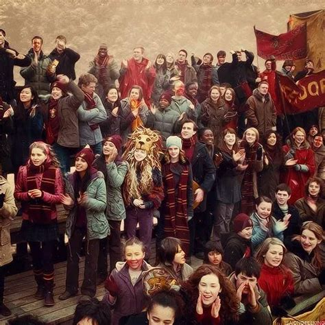 a normaly week-end for Hogwarts Students: A Quidditch