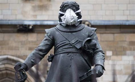 Too Much Pollution In London? Now, Face Masks For Famous