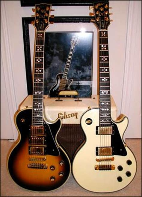 """The Gibson Les Paul Artisan Model: """"Hearts and Flowers"""