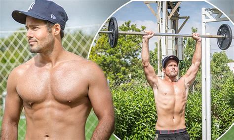 Shirtless Spencer Matthews shows off his buff body after