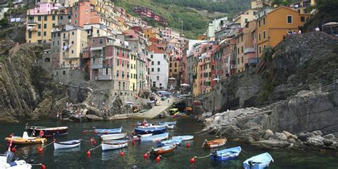 Cinque Terre Train Holidays & Tours | Great Rail Journeys