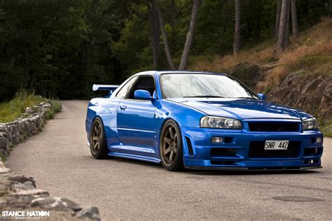 Tuning Nissan Skyline R34 GT-R - functionalitate si
