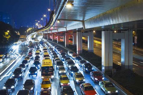 How Traffic Jam Assistance Systems Work | HowStuffWorks