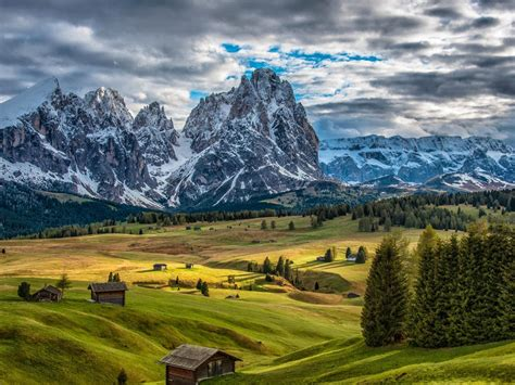 Italy Scenery Mountains Houses Grasslands Fir Clouds
